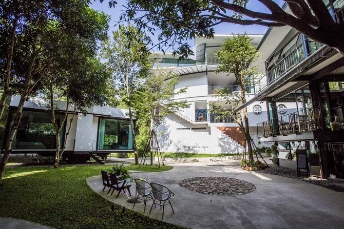 Introducing the review of villa moreeda